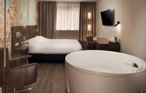 hotel met sauna en jacuzzi op kamer amsterdam