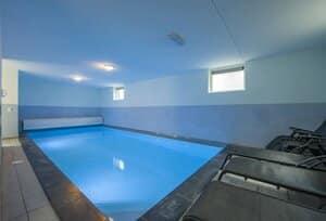 luxe wellness villa