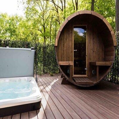 overnachting met sauna en jacuzzi