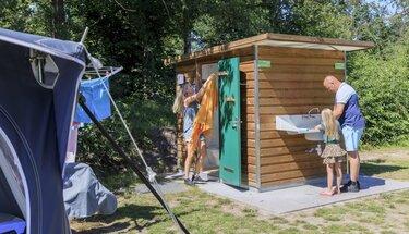 camping met eigen sanitair friesland