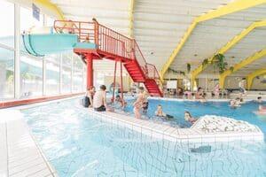 vakantiepark met overdekt zwembad