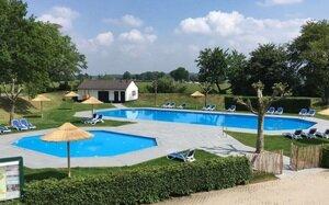 kleine camping zuid limburg met zwembad