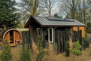tiny house veluwe jacuzzi