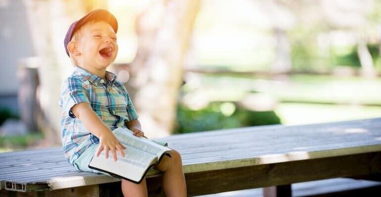 Hoe houd je je kind bezig tijdens een autovakantie? 5 tips
