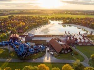 luxe vakantiepark met binnenzwembad en glijbanen