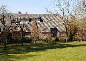 particulier vakantiehuis met omheinde tuin