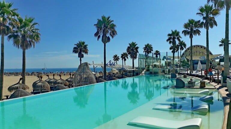 valencia hotel aan het strand marina beach club